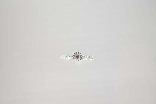 K18WG ダイヤモンドアンティークリング