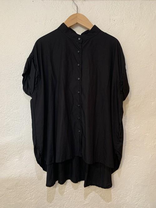 sabbatum/ペタルスリーブ後ろギャザーシャツ  ブラック