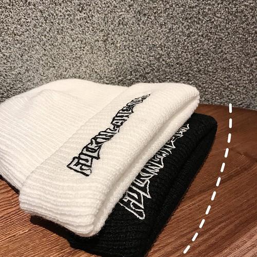 フロントレタリングニット帽 BL1594