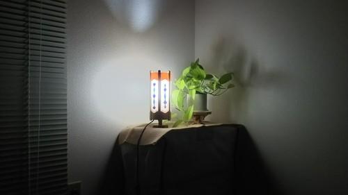 切り絵デザイン 木と深山和紙の 木製 ランプ   No.   029