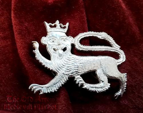中世レプリカバッジ「ライオン」