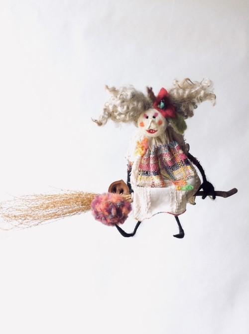 Lupita /魔女人形