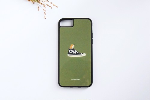 柴スニーカー(オリーブ)アクリル板衝撃吸収ケース