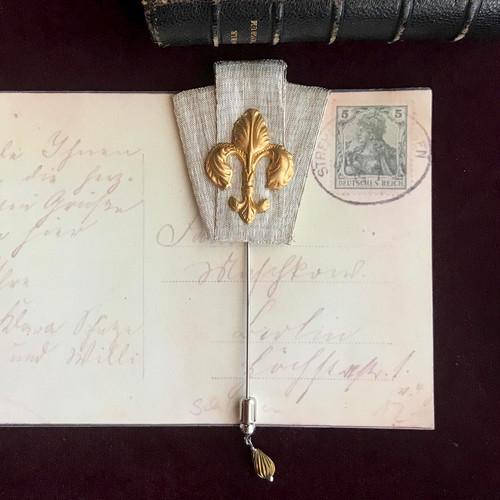 ユリの勲章 / ピンブローチ(silver&gold BIG)
