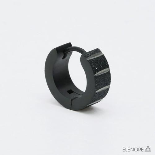 ステンレス/サンドブラスト加工 ライン彫り ブラック フープピアス