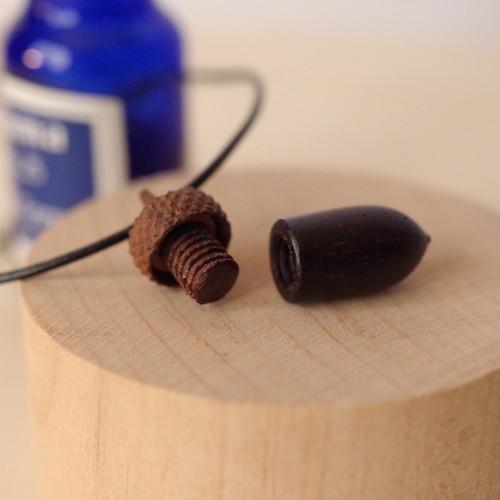 Aroma diffuser, Wood Carving Acorn  Pendant: Rosewood & Walnut