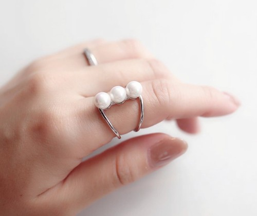 pearl line ring
