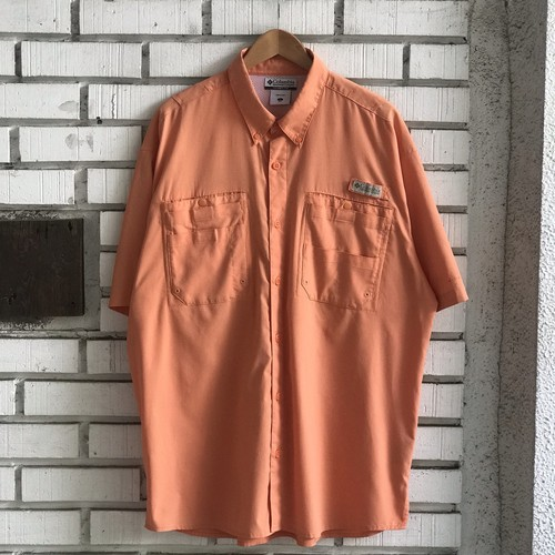 USED COLUMBIA PFG POLYESTER S/S SHIRT