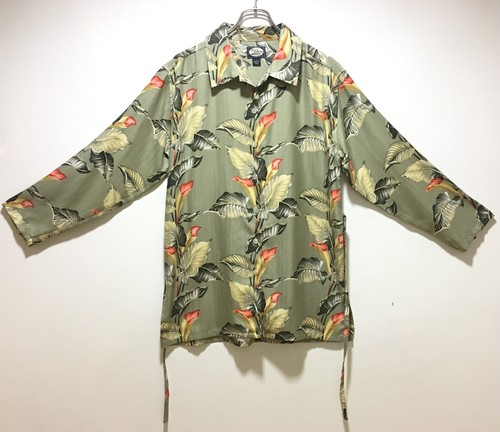 open collar leaf silk shirt