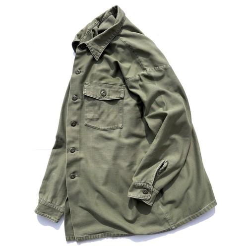1970's [U.S.ARMY] コットンサテン ファティーグシャツ 実寸(XXL程度) レア ビッグサイズ アメリカ軍 実物 ヴィンテージ