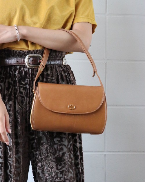 GUCCI camel shoulder bag