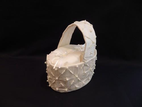 リングピロー付きパール刺繍バッグ