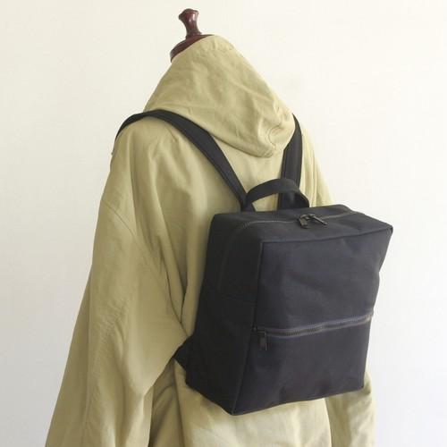 <新作>スクエアリュック 正方形Sサイズ 黒 / 6号帆布【送料無料】