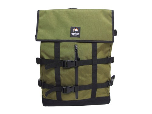LAPTOP BACKPACK (ノートPC収納) M116005 OLIVE