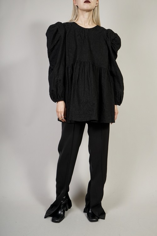 W PUFF SLEEVE LACE TOPS  (BLACK)2011-94-118