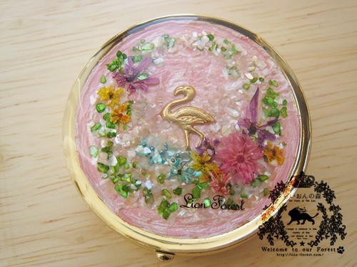 花畑ピルケース(フラミンゴ・ミラー付き)