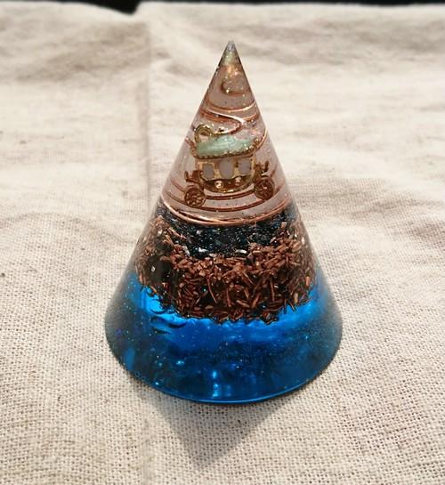 円錐型オルゴナイト【ブルー】