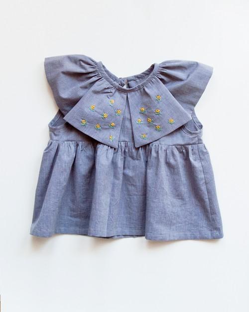 <KIDS> 刺繍襟のブラウス/ size95
