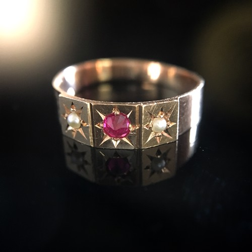 Pearl&Ruby Victorian  Pinky Ring