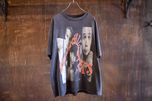 90's RED HOT CHILI PEPPERS T-SHIRTS