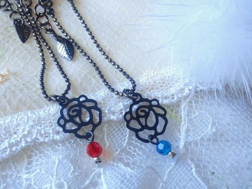 【1/6】黒薔薇とクリスタライズのドール用ネックレス