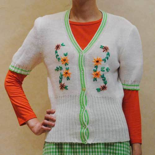 XS~Mサイズ【アメリカ製古着】1960年代ヴィンテージ◆レトロカワイイお花の刺繍◆カーディガン