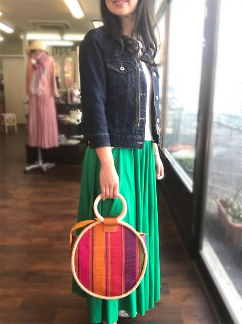 ころんと丸い形♫マダガスカル産ラフィア椰子のバッグ 夏 天然素材バッグ かごバッグ