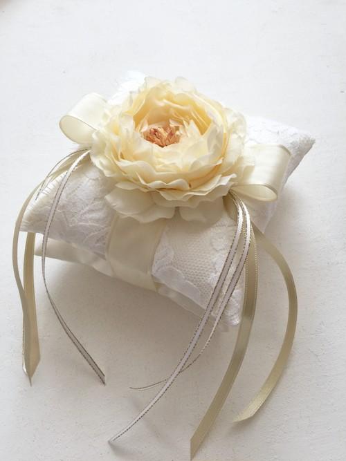 リバーレースとコサージュ二段重ねリングピロー手作りキット(フランスリバーレースとイタリア製サテン贅沢な素材)