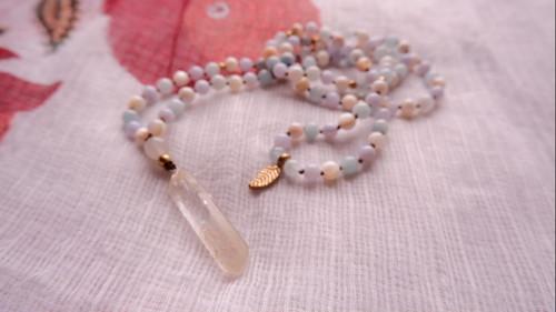 Japa Mala : Crystal Quartz Natural Point & Aquamarine & Blue Lace Agate & Mother of Pearl