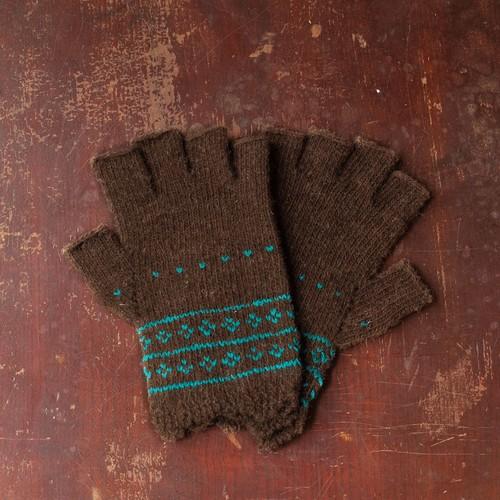 ★茶色と白い羊ポルトガル手編み指なし手袋