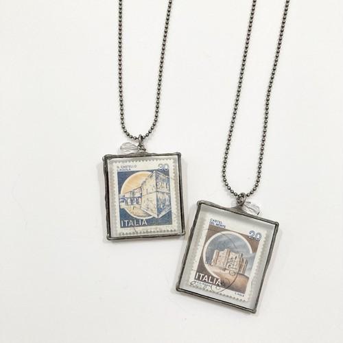 【月と六ペンス】イタリア古切手ネックレス