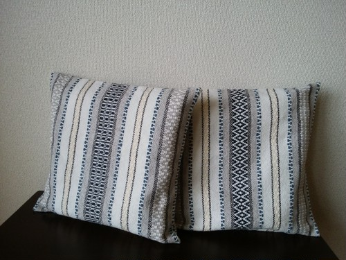 手織りクッションカバー Ⅲ