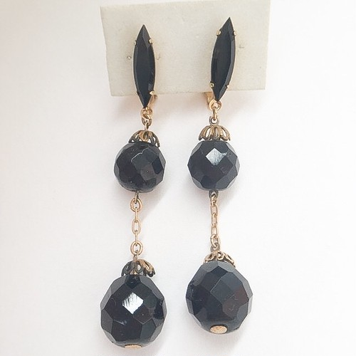 black glass dangle earring[e-979]