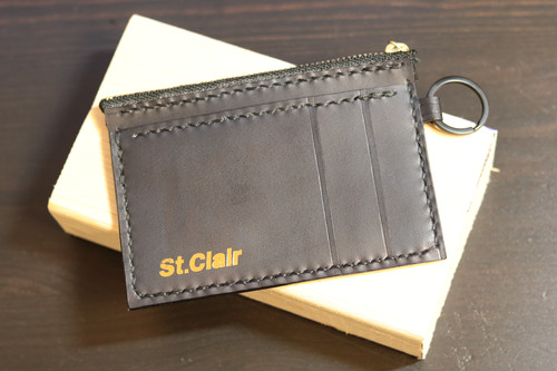 """【St.Clair】Handmade leather Flat Card Case """"θεά in the Dungeon"""" by BIG.T"""