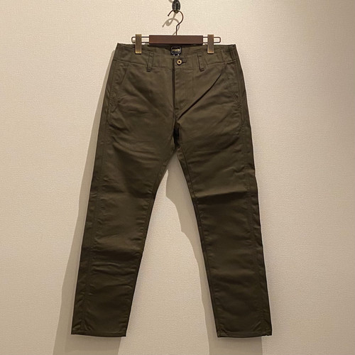 NATURAL STARIGHT TROUSERS -CHINO- (ARMY_GREEN) / LOST CONTROL