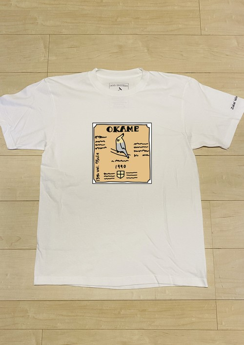 """「図解ワイン一年生」コラボ """"OKAME"""" / T-Shirt (White) / 5.6オンス ヘビーウェイト"""
