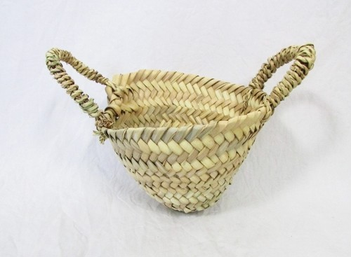 Tiny basket (BSK006)