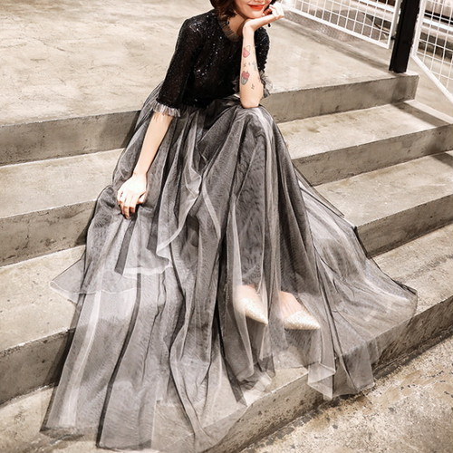 華やか ロングドレス 五分袖 フリルレーススカート