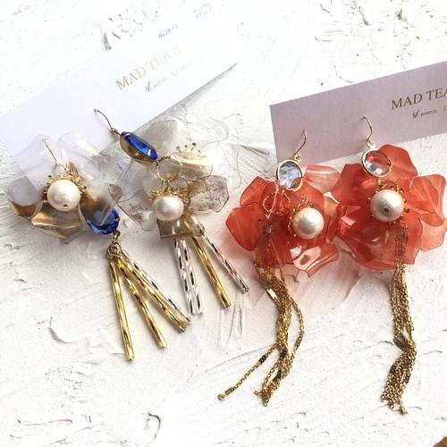 Mad Tea Salon  aK.Edat限定デザイン flower sequin ピアス/イヤリング