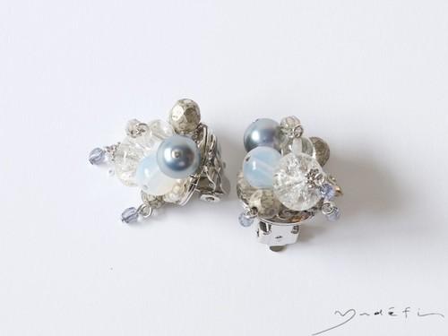 yy013_コンテンポラリー・イヤリング<Blue/Grey/Pearl>
