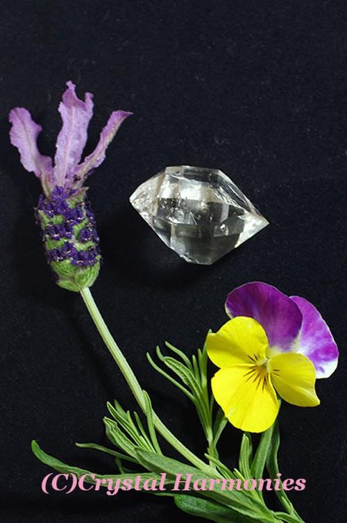 特価20%OFF 最高のチャクラの石☆水入り ハーキーマーダイヤモンド No.3