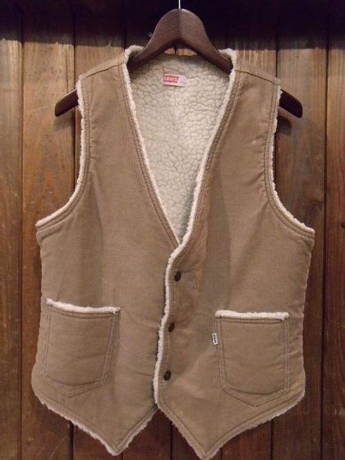Vintage★70's 【Levi's】Corduroy Boa Vest