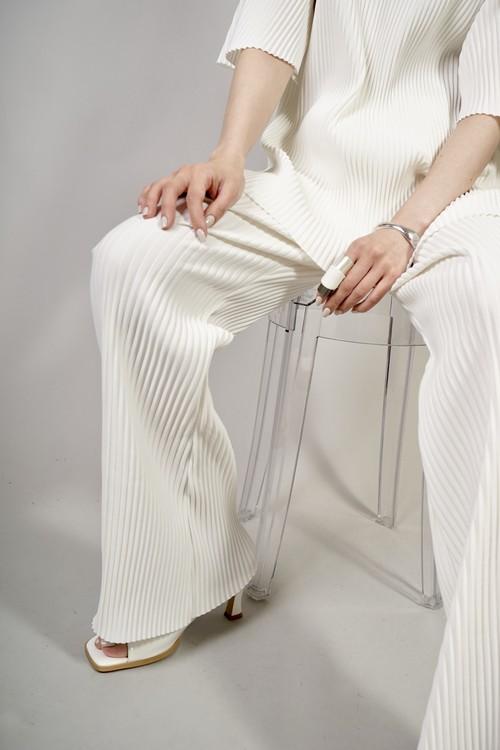 PLEATS PANTS  (WHITE) 2102-12-66