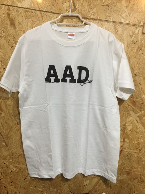 AAD / logo Tシャツ