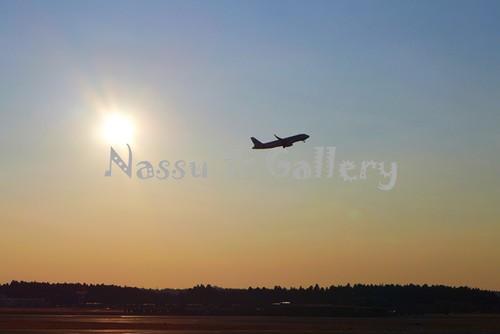 成田空港から飛び立つ飛行機①