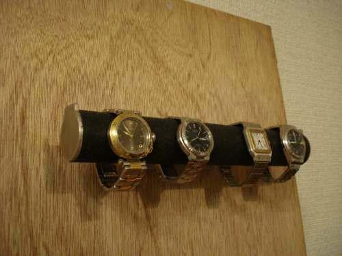 クリスマスにどうぞ 腕時計スタンド ブラック4本掛け丸パイプウォッチ収納壁付きスタンド ak-design