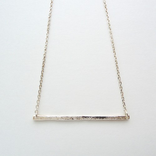 horizonal ray necklace