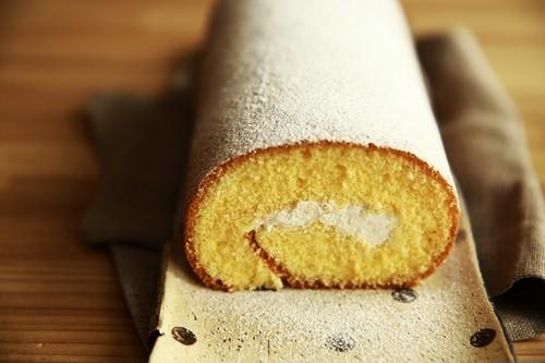 [グルテンフリー&アレルギー対応] 米粉と豆乳のロールケーキ カステラろーる