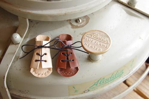 アラジンの革靴