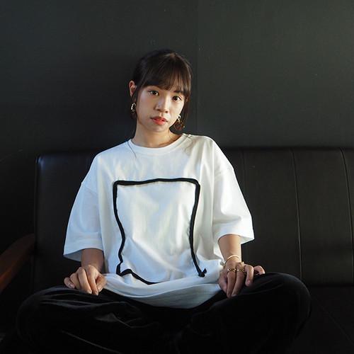ビッグシルエットTシャツ(しかく)White×Black